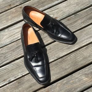 Magnanni Black Leather Loafers